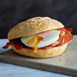 Bacon and egg rolls thumbnail