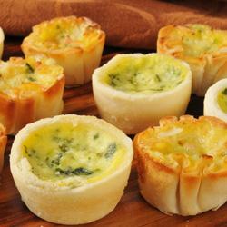 Homemade vegetarian quiche - mini thumbnail