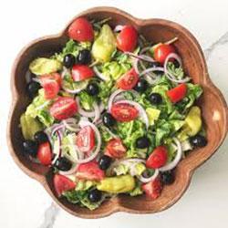 Italian Salad with Balsamic Dressing thumbnail