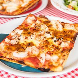 Chilli garlic prawns pizza thumbnail