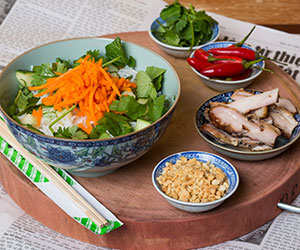 Chicken vermicelli salad thumbnail