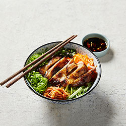 Grilled chicken vermicelli bowl thumbnail