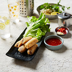 Crab and prawn imperial spring roll thumbnail