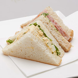 Individually packed sandwiches thumbnail