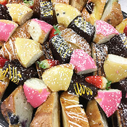 Mixed pastry platter thumbnail