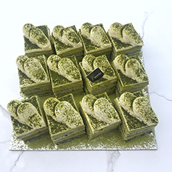 Matcha greentea and roasted black sesame slice - mini thumbnail