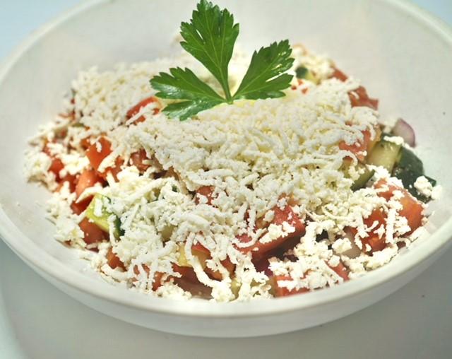 Shopska salad thumbnail
