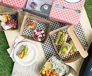 Hamper for 2 - The perfect picnic thumbnail