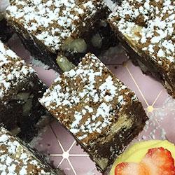 Chocolate brownie squares thumbnail