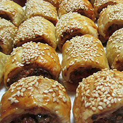 Mini sausage rolls - Beef thumbnail