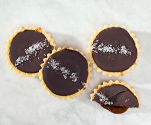 Salted caramel and chocolate tartlet thumbnail