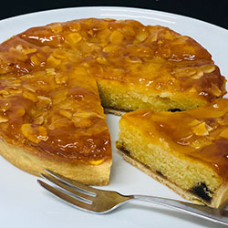 Fig, honey and almond flan thumbnail