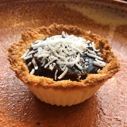 Brazilian coconut tart thumbnail