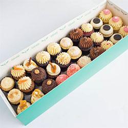 Babycake gift box thumbnail
