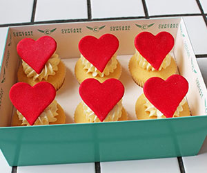 Edible love heart thumbnail