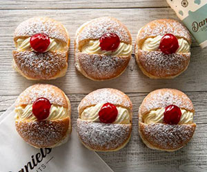 Fresh cream and jam donuts thumbnail