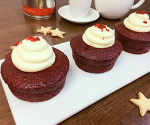 Red velvet cream cake - 3 inch - box of 6 thumbnail