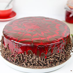 Strawberry cream delight cake thumbnail