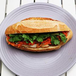 BBQ chicken banh mi thumbnail