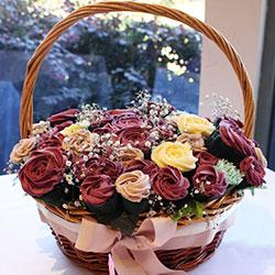 Sugar Plum cupcake basket thumbnail