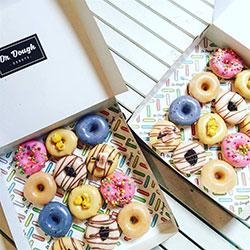 Mixed pack of mini donuts thumbnail