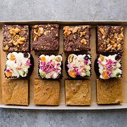 Square cakes thumbnail