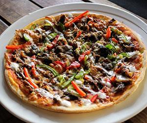 Lamb pizza thumbnail