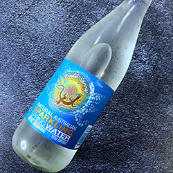 Sparkling mineral water - 750 ml thumbnail