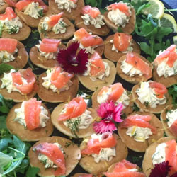 Smoked salmon blinis thumbnail