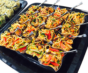 Fried noodles with vegetables thumbnail