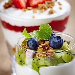 Blueberry and kiwi granola parfait - 150 ml thumbnail