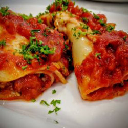 Spinach and ricotta cannelloni - serves 6 to 8 thumbnail