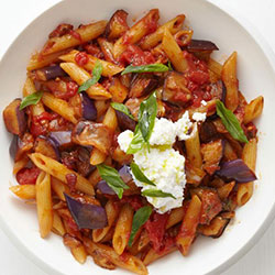Penne with eggplant in Napoli sauce thumbnail