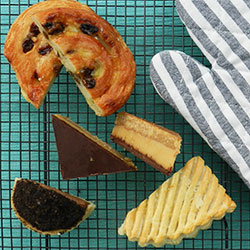 Pastries and sweets platter thumbnail