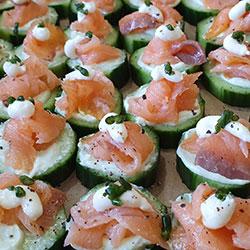 Smoked salmon cucumber rounds thumbnail