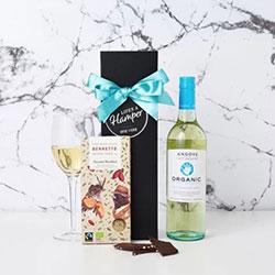 Organic White Wine and Chocolate Hamper thumbnail