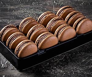 Chocolate macarons thumbnail
