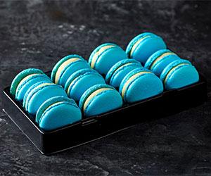 Light blue vanilla macarons thumbnail