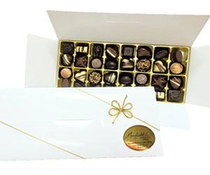 32 chocolates gift box thumbnail