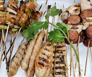 Chicken skewer platter thumbnail