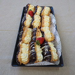 Chocolate eclair - mini thumbnail