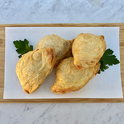 Creamy butter chicken puffs thumbnail
