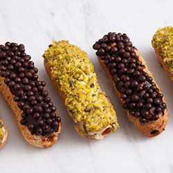 Deluxe eclairs thumbnail