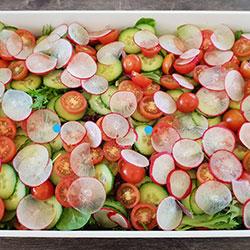Mixed garden salad thumbnail