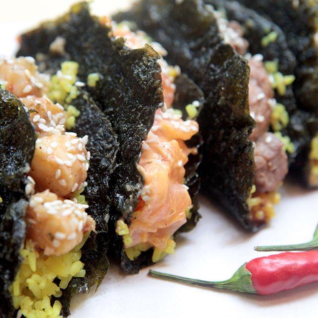 Spicy salmon nori taco thumbnail
