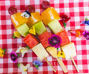 Fruit skewer - mini thumbnail