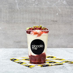 Mixed berry and yoghurt cup - regular thumbnail