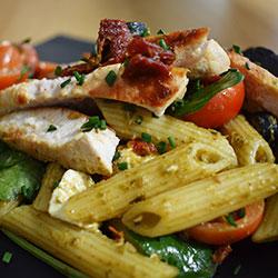 Pesto chicken salad thumbnail