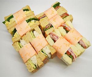 Mixed bread sandwich thumbnail