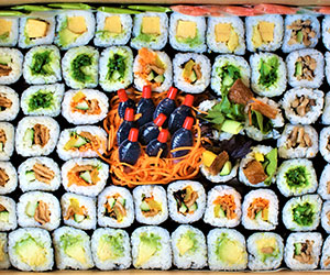 Vegetarian sushi platter  thumbnail